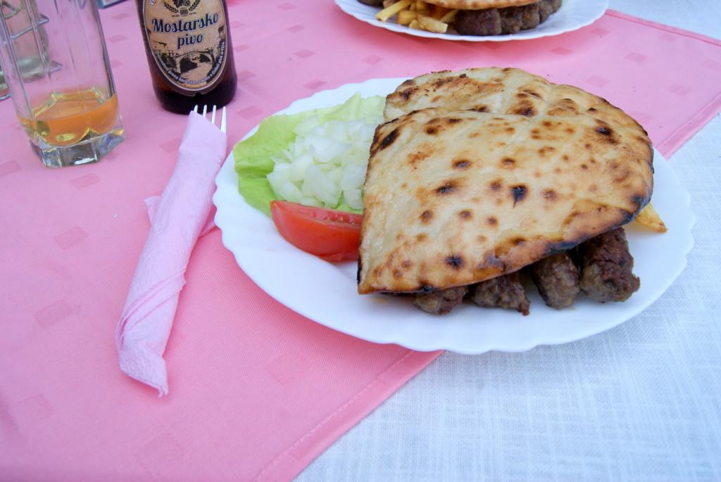 co warto zjeść na bałkanach