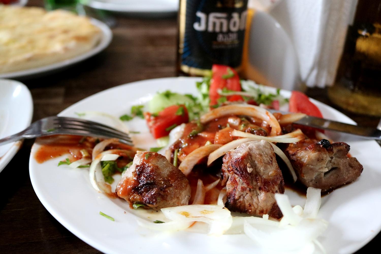 kuchnia gruzińska mcwadi
