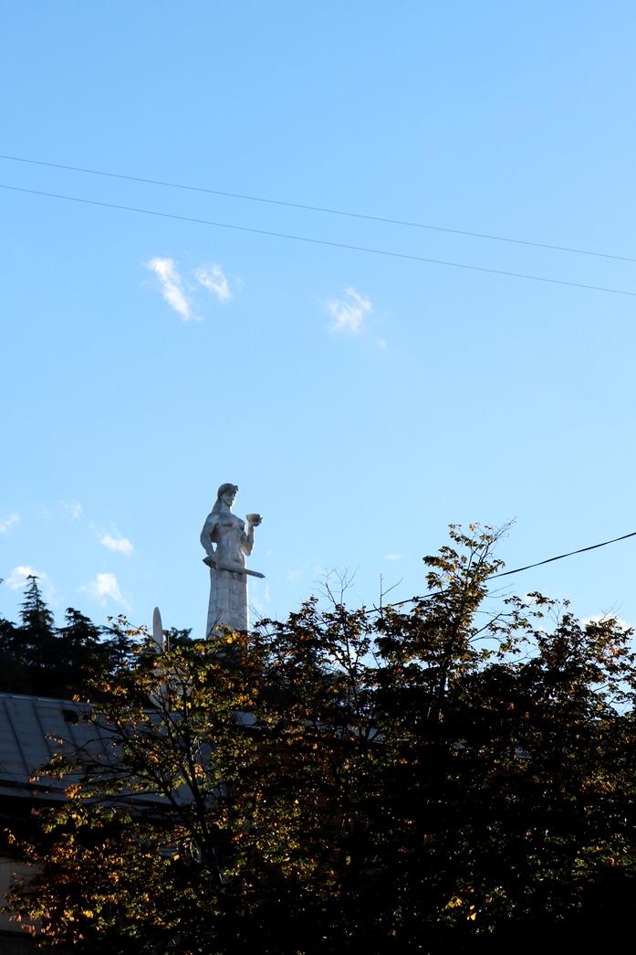co zwiedzić w tbilisi - matka gruzja