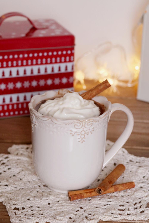 klasyczna gorąca czekolada