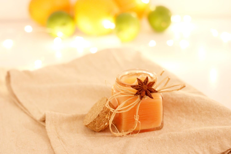 świeca DIY z pomarańczą